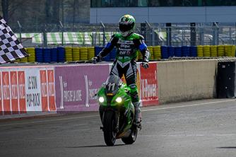 24 Heures Moto 2016 - victoire de la Kawasaki n°11 du team français SRC