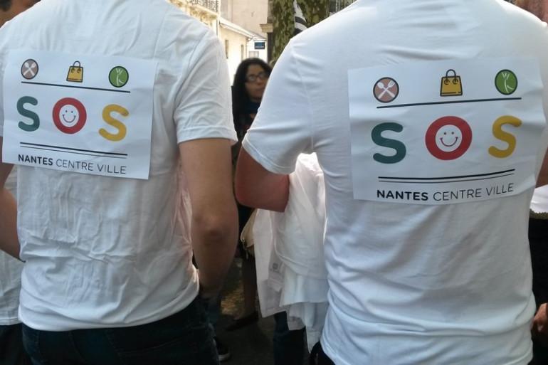 Manifestation des patrons devant la préfecture à Nantes