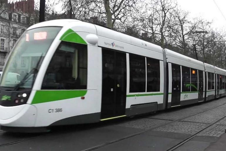 Les conducteurs de tramway en grève à Nantes