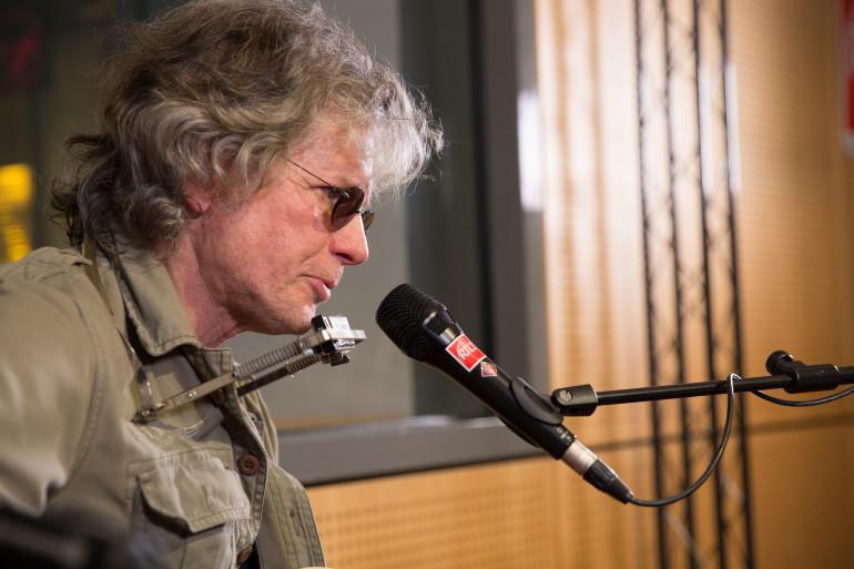 Paul Personne en session  acoustique