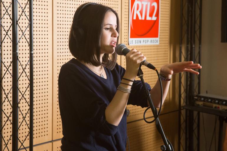 Marina Kaye en session acoustique dans les Studios de RTL2