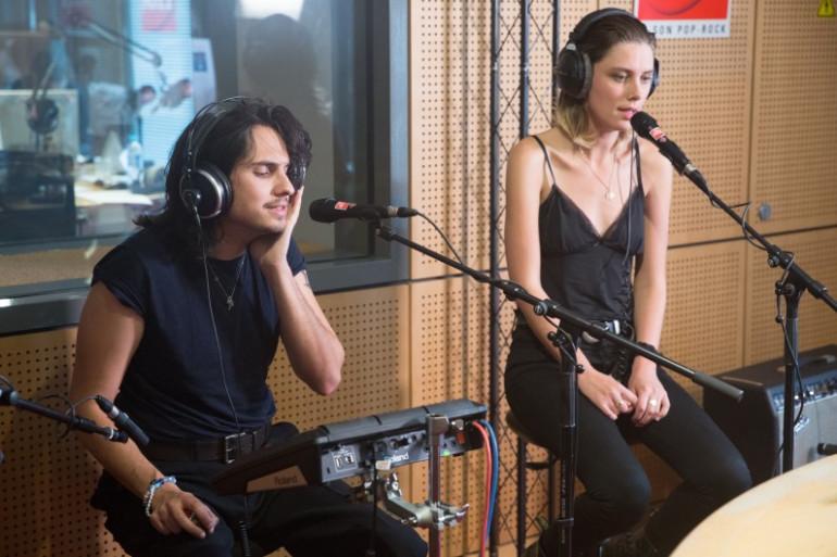 Joel Amey et Ellie Rowsell de Wolf Alice en session acoustique