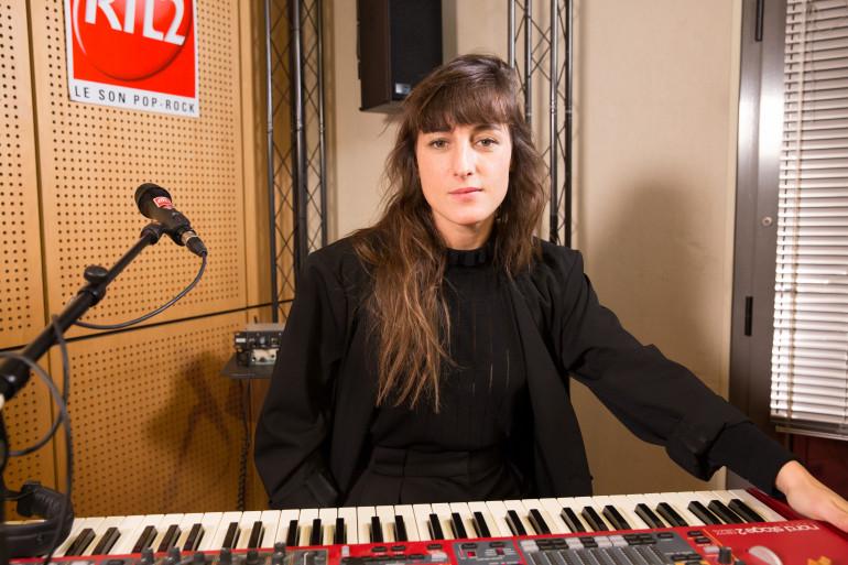 Juliette Armanet dans les studios de RTL2