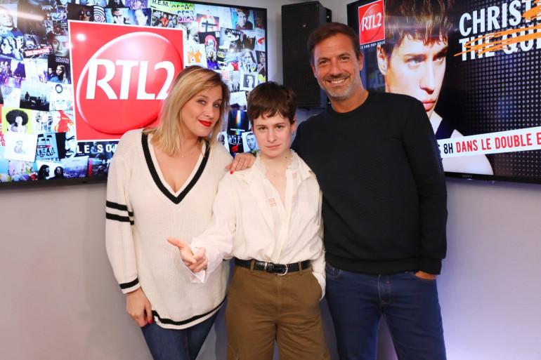 Christine and The Queens en compagnie de Justine Salmon et Grégory Ascher du Double Expresso RTL2
