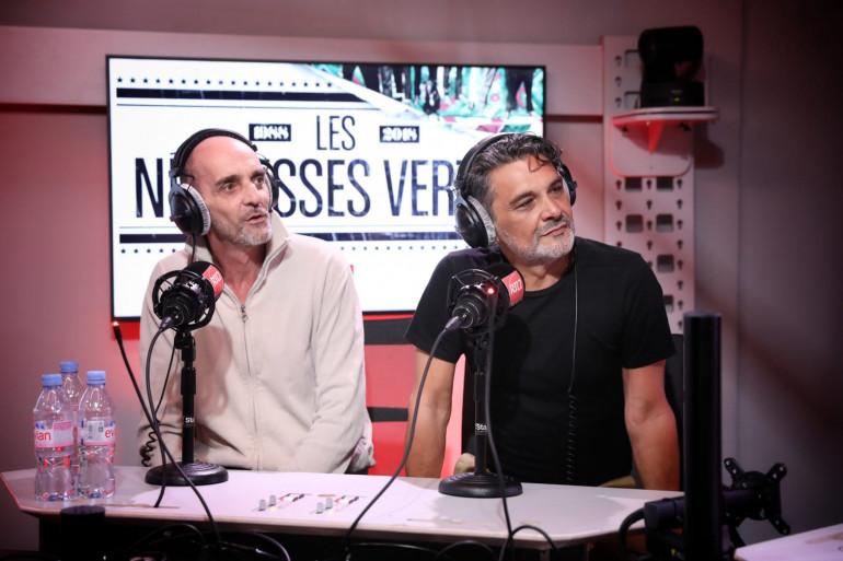 Stéfane et Paul O des Négresses vertes dans les studios de RTL2
