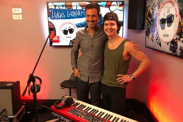 Lukas Graham en compagnie de Grégory Ascher du Double Expresso RTL2