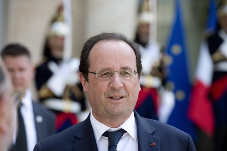 François Hollande, le 25 juin 2014 à l'Élysée, portait jusqu'ici une monture plus discrète