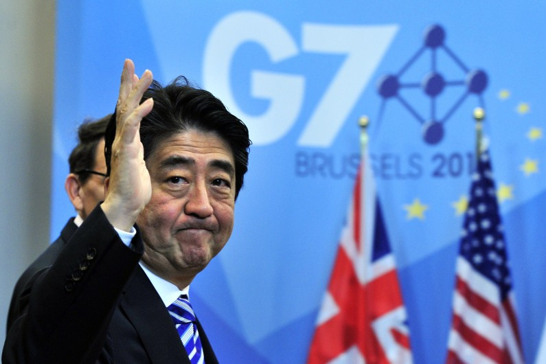 6. Le premier ministre japonais, Shinzo Abe, gagne 202.700 dollars par an