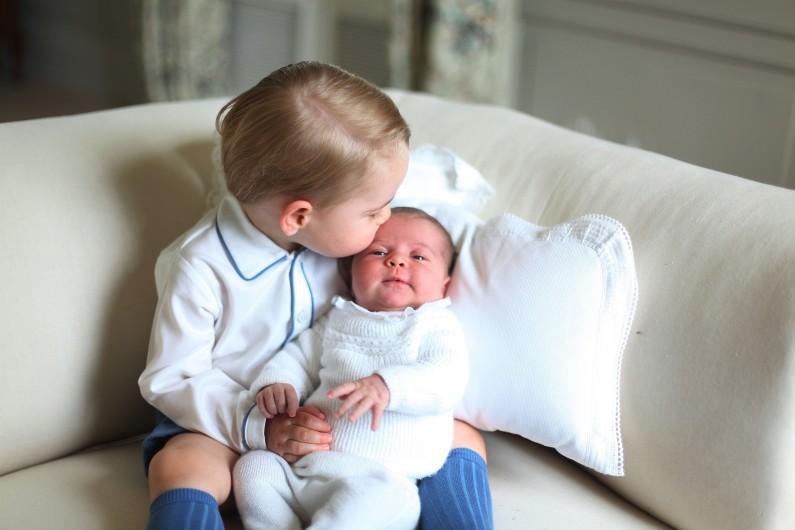 George et Charlotte s'entendent à merveille, d'après leur mère