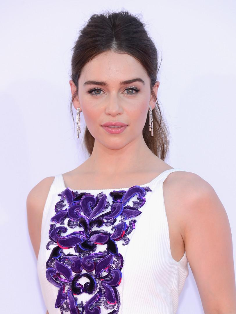 """Emilia Clarke, 29 ans, actrice anglaise, incarnant un rôle principal dans la série """"Game of Thrones"""""""