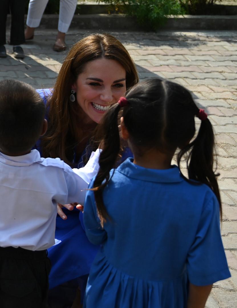Kate et William ont rencontré des jeunes écoliers