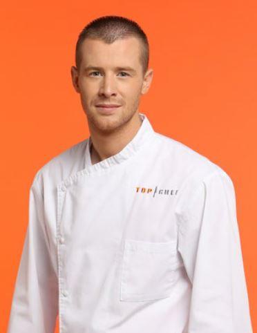 """Mickael Riss, 23 ans, chef de cuisine du semi-gastronomique """"L'auberge du Moulin"""", St Sorlin-en-Valloire (26)"""