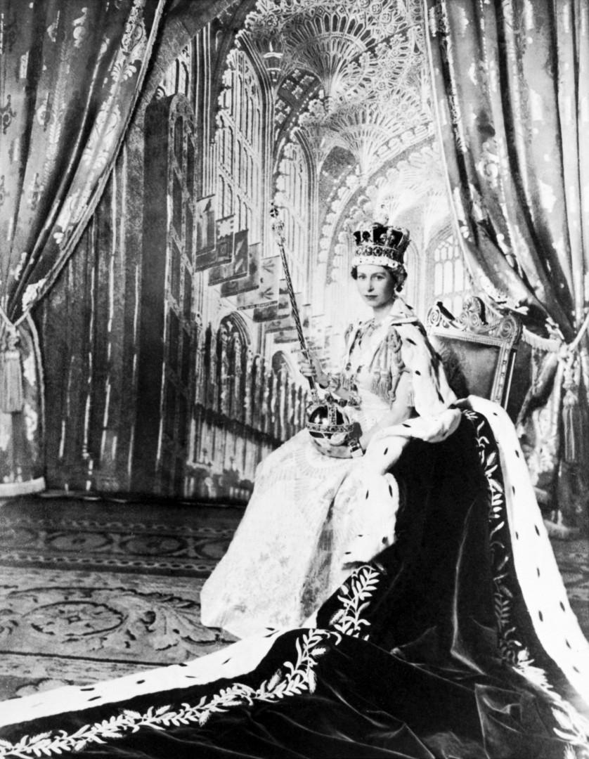6. Elizabeth II est devenue reine à 25 ans