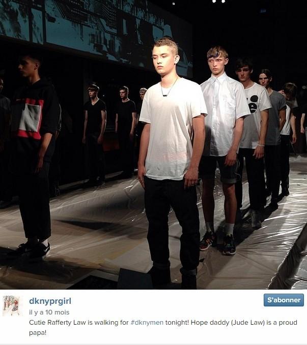 Rafferty Law, fils de Jude Law, a défilé, à 17 ans, pour DKNY