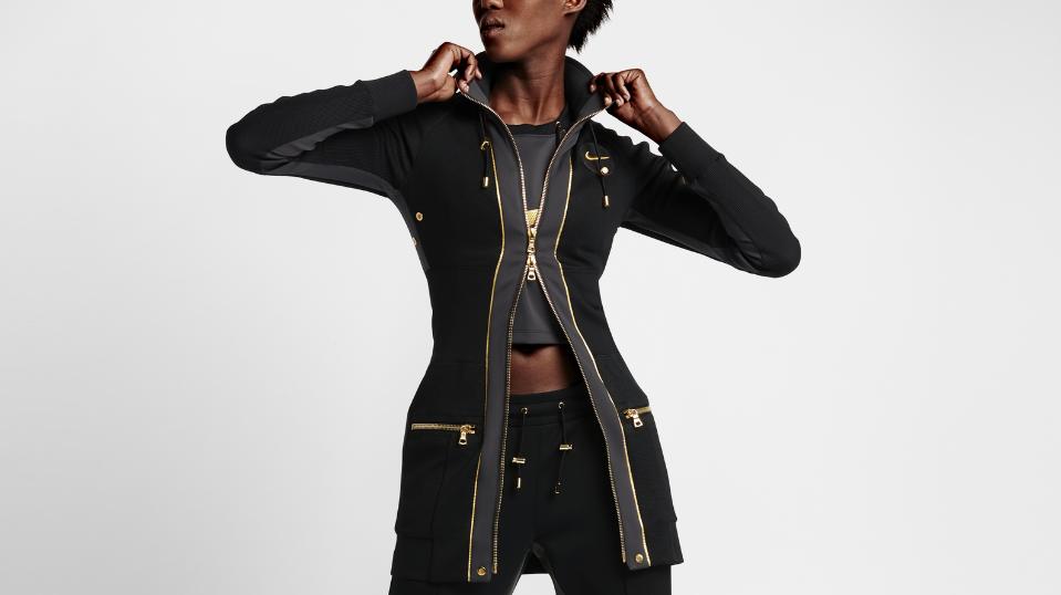 Veste femme de la collection NikeLab X Olivier Rousteing