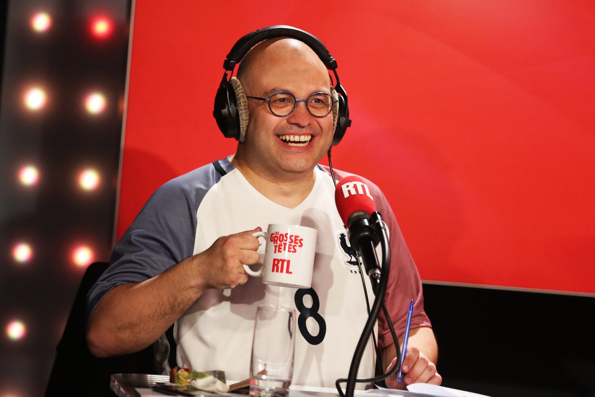 VIDÉO - Les Grosses Têtes : Yoann Riou s'enflamme sur le livre de Daniel Picouly ! - RTL.fr