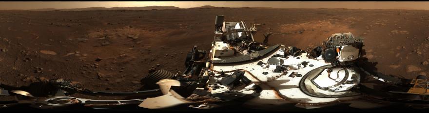 La NASA publicó una espectacular foto panorámica de Marte tomada por Perseverance el 24 de febrero