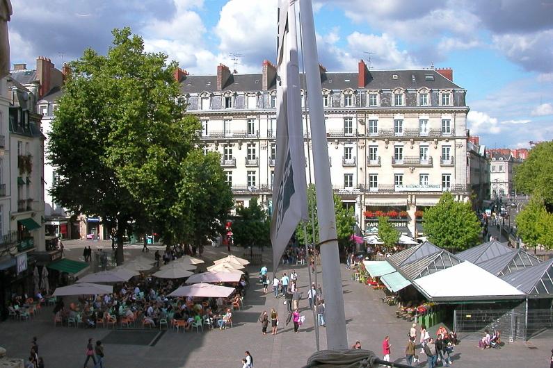 Nantes Place Commerce