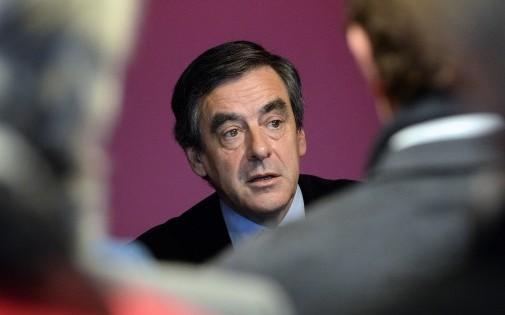 Le député UMP de Paris, François Fillon, à Angoulême (Charente), le 6 décembre 2013.