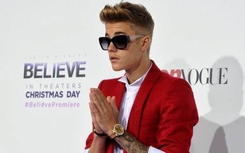 """Justin Bieber, à la première de son film """"Justin Bieber's Believe"""", le 18 décembre à Los Angeles."""