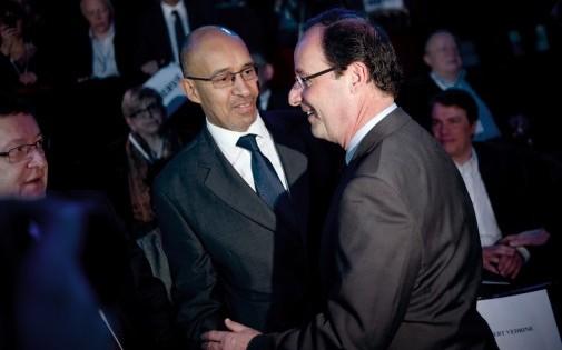 François Hollande et Harlem Désir à l'époque premier secrétaire d'État, le 17 juin 2012 à Paris