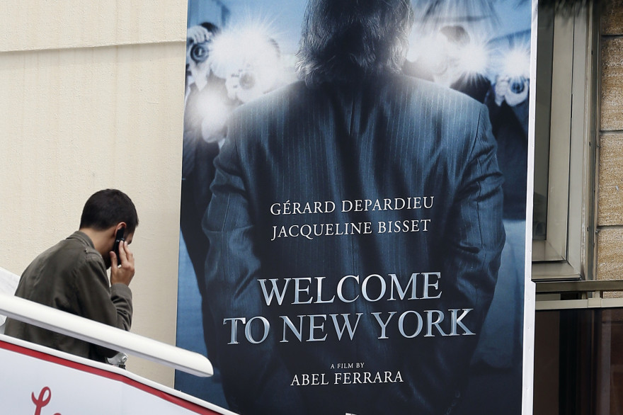 "L'affiche du film ""Welcome to New York"" sur l'affaire DSK, au Festival de Cannes 2014."