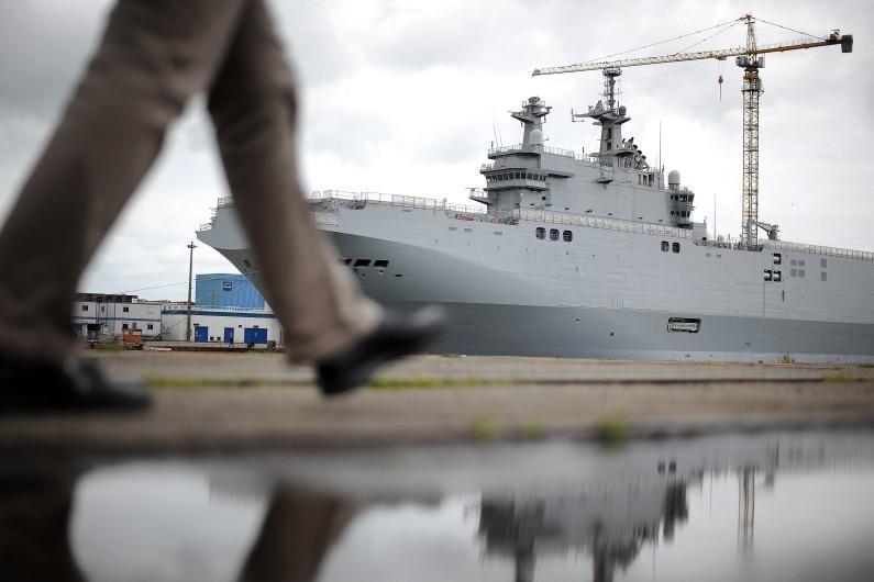 La France doit livrer à la Russie deux navires de guerre de type Mistral en vertu d'un contrat signé en 2011