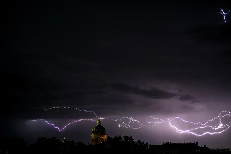 26 départements ont été placés en alerte orange aux orages.