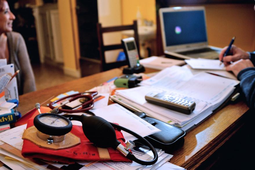 Un cabinet de médecin généraliste (Illustration)