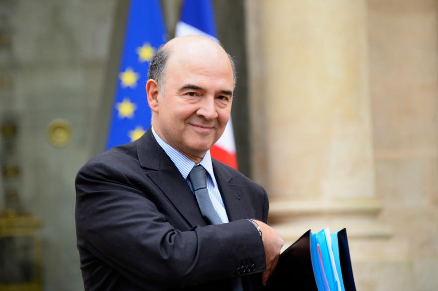L'ancien ministre de l'Économie Pierre Moscovici devant l'Elysée