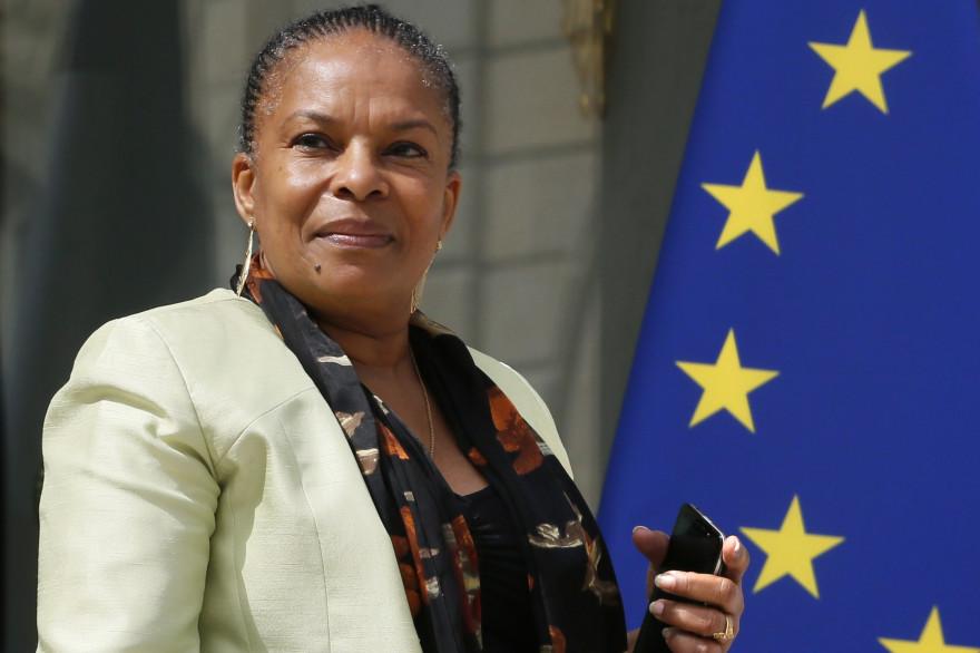 Christiane Taubira à la sortie du conseil des ministres le 16 juillet 2014