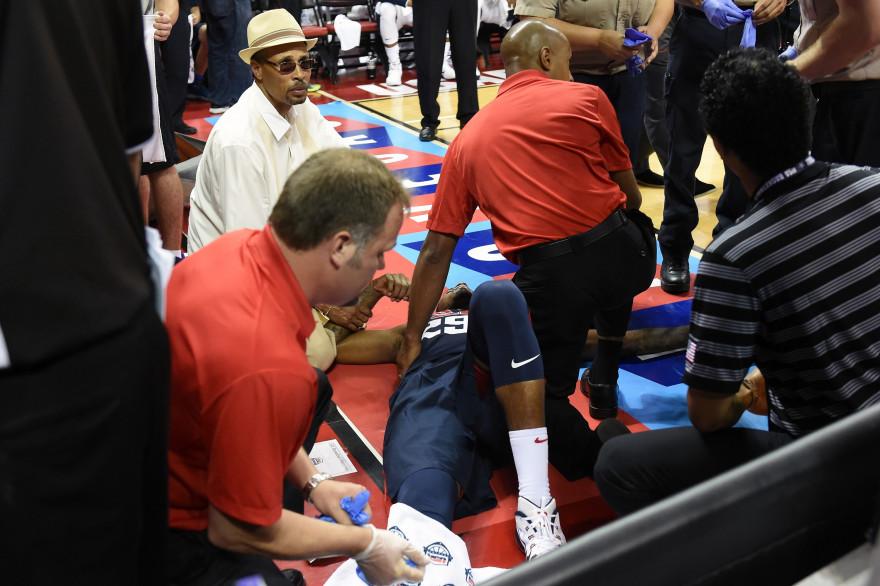 Paul George pris en charge après une fracture de la jambe