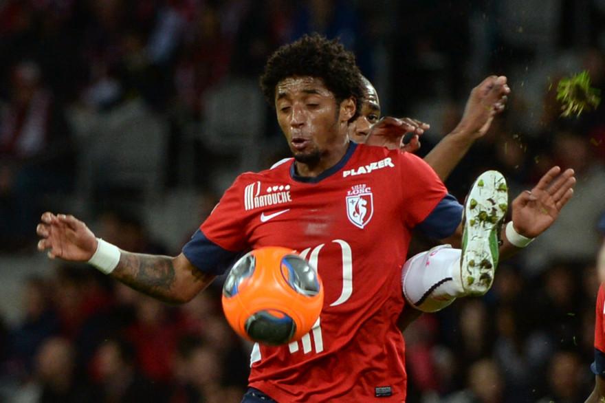 Ryan Mendes (24 ans), si ses blessures le laissent tranquille ce dribbleur fou hyper spectaculaire peut être la vraie recrue de Lille.