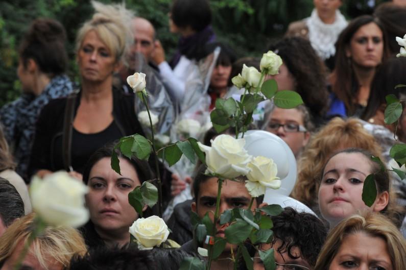 Ils étaient environ 300 au Havre, venus rendre hommage à Lucie, poignardée jeudi 14 août 2014 (image d'illustration).
