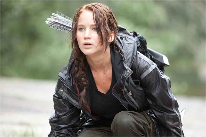 """Jennifer Lawrence est Katniss Everdeen dans le film """"The Hunger Games"""""""