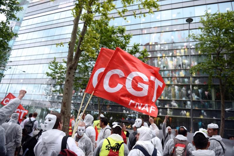 Des manifestants de la CGT à Paris, le 17 juin 2014.
