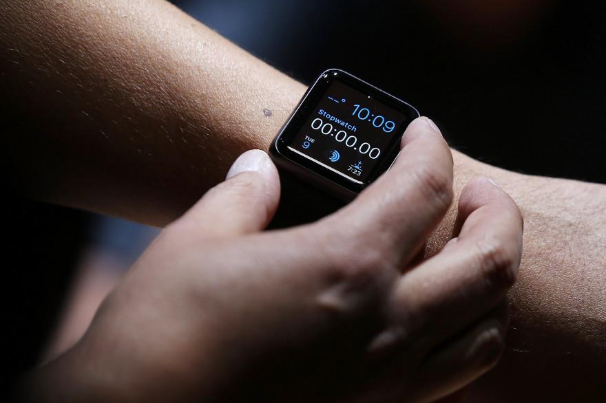 L'Apple Watch a été présentée par Tim Cook lors de la Keynote tenue par la marque à la pomme au Flint Center for the performing arts de Cupertino mardi 9 septembre 2014