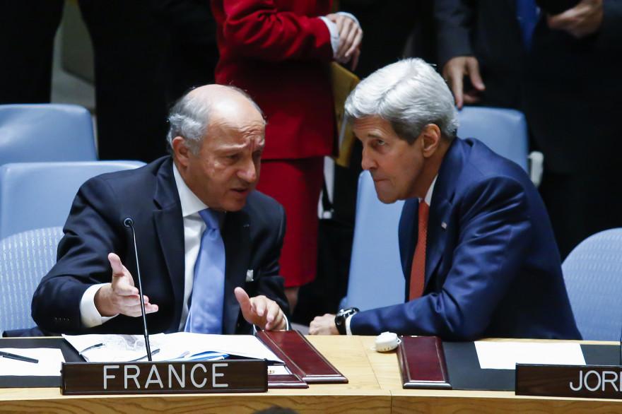 Laurent Fabius et John Kerry à New York, le 19 septembre 2014.