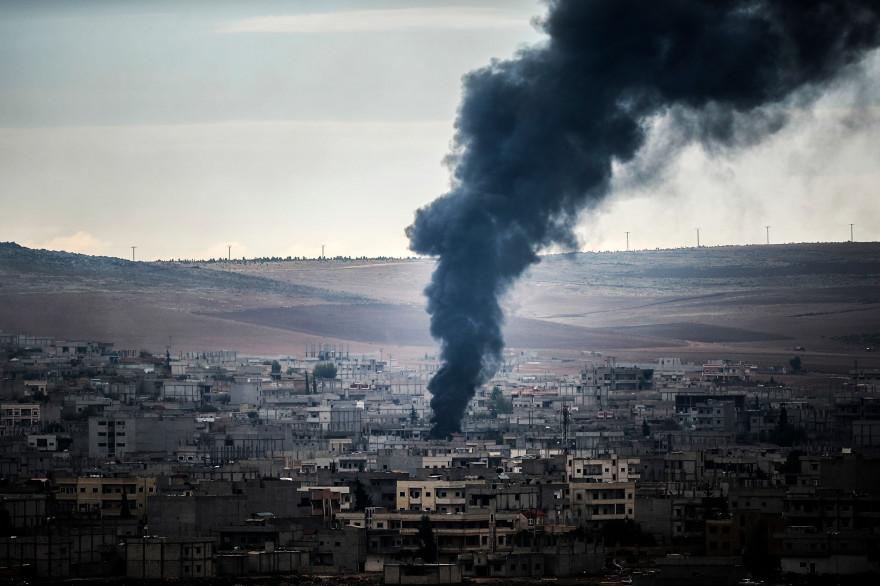 Les combats font rage depuis trois semaines à Kobané, ville à majorité kurde située à la frontière entre la Syrie et la Turquie (illustration).
