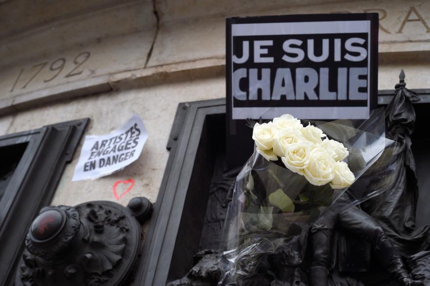 """Un panneau """"Je suis Charlie"""", place de la République à Paris le 8 janvier 2015 (archives)"""