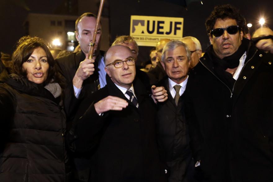 Bernard Cazeneuve au rassemblement de l'UEJF le 10 janvier 2015 porte de Vincennes