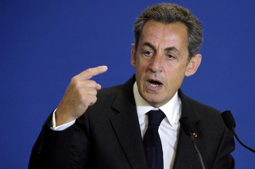 Nicolas Sarkozy face aux nouveaux adhérents de l'UMP le 17 janvier 2015.