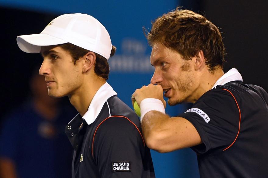 Les Français Nicolas Mahut et Pierre-Hugues Herbert se sont inclinés en finale du double messieurs de l'Open d'Australie face aux Italiens Fabio Fognini et Simone Bolelli 6-4, 6-4, le 31 janvier 2015à Melbourne.