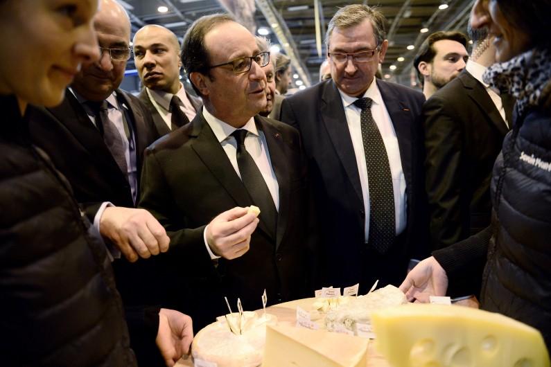 François Hollande au Salon de l'agriculture à Paris, le 21 février 2015.
