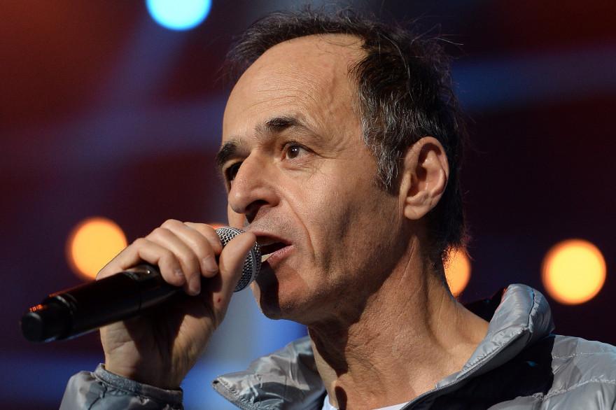 """Jean-Jacques Goldman lors d'un concert des """"Enfoirés"""" à Strasbourg le 15 janvier 2014 (illustration)."""