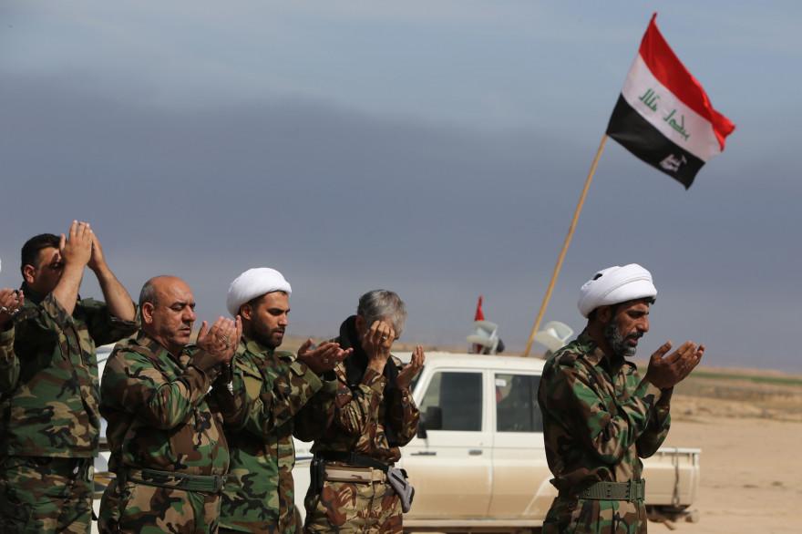 Des membres d'une milice chiite en Irak, le 8 mars 2015.