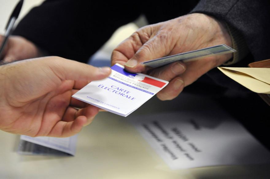 La droite et le centre ont enregistré une nette victoire au second tour des élections départementales