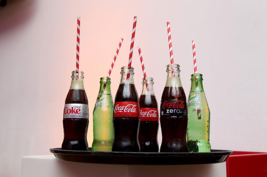 Des bouteilles de coca-Cola lors de l'exposition pour les 100 ans de la marque à Atlanta aux États-Unis