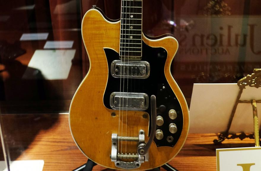Cette guitare sera proposée aux enchères entre 400.000 et 600.000 $