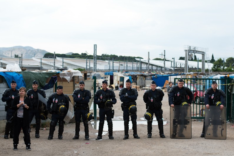 Un cordon de CRS , le 18 juin 2014 à Marseille (archives)